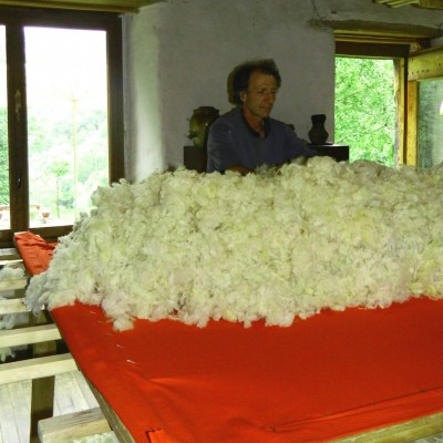 Fabrication d'un matelas en laine