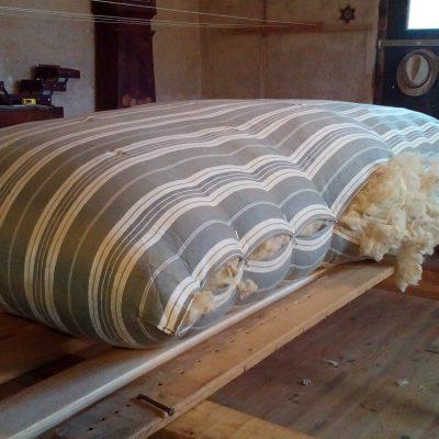 Réfection Matelas Tradition 90 x 190 - même toile et même laine + 4 kg